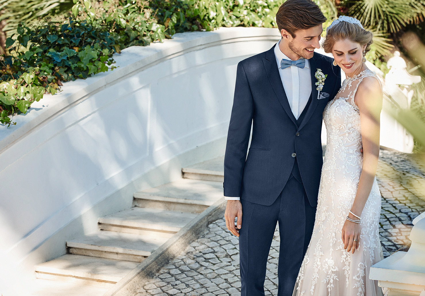 LOOKING FOR YOUR WEDDING SUIT?